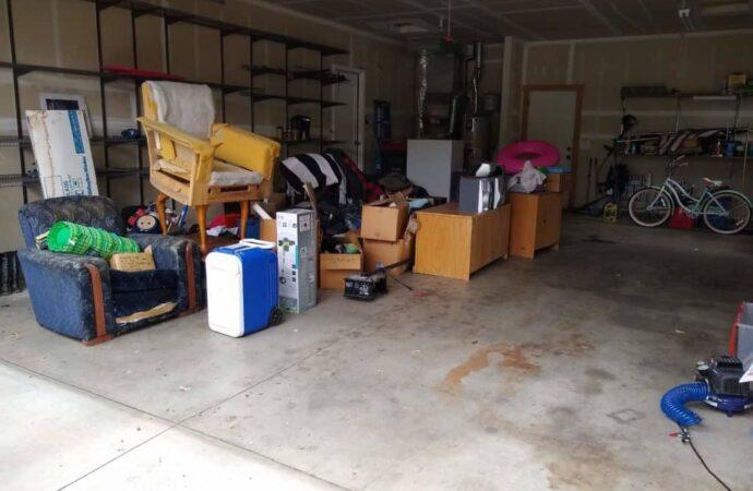 Fort Bragg-Fayetteville Dumpster Rental & Junk Removal Services-We Offer Residential and Commercial Dumpster Removal Services, Portable Toilet Services, Dumpster Rentals, Bulk Trash, Demolition Removal, Junk Hauling, Rubbish Removal, Waste Containers, Debris Removal, 20 & 30 Yard Container Rentals, and much more!